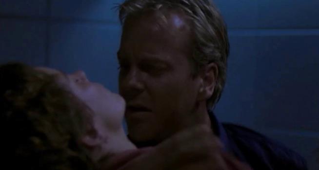 La prima stagione di 24 si conclude con la morte di Teri Bauer
