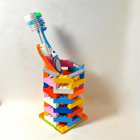 Costruzioni LEGO fai-da-te: porta spazzolini da denti
