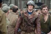 Chris Evans e Sebastian Stan in Captain America - Il primo Vendicatore