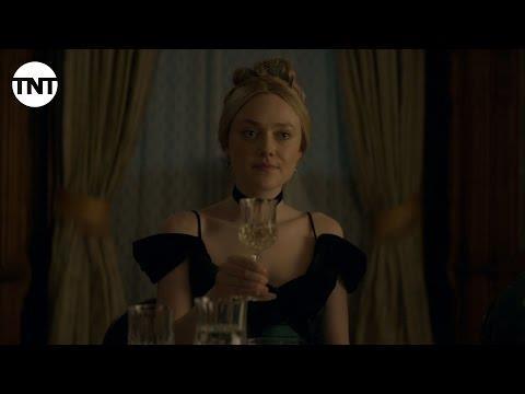 Dakota Fanning in un'immagine dal trailer di The Alienist, rilasciato da TNT
