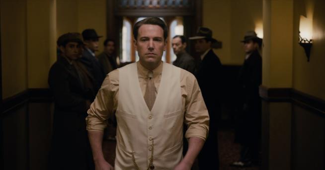 Ben Affleck in una scena de La Legge della Notte
