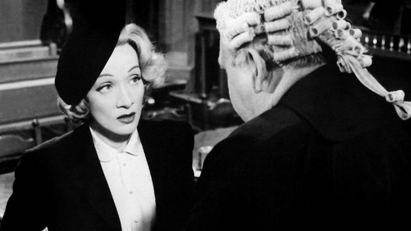 Marlene Dietrich in tribunale in Testimone d'accusa