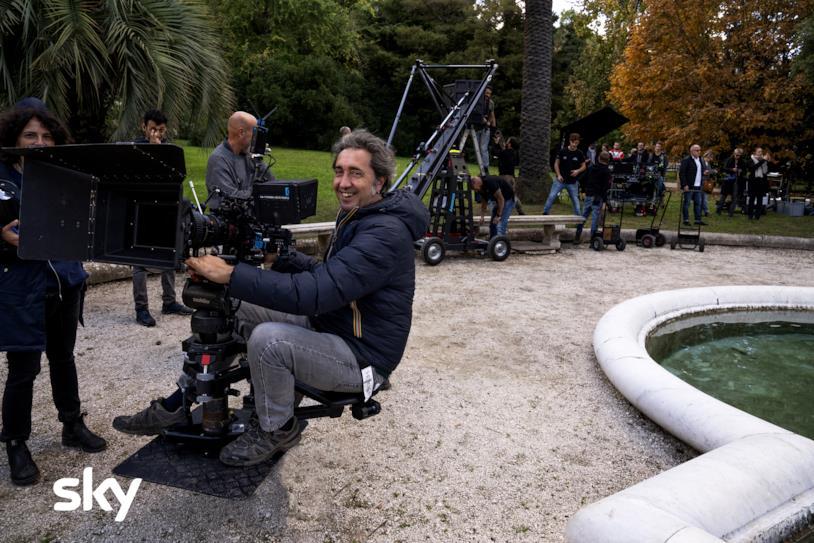 Paolo Sorrentino sul set di The New Pope