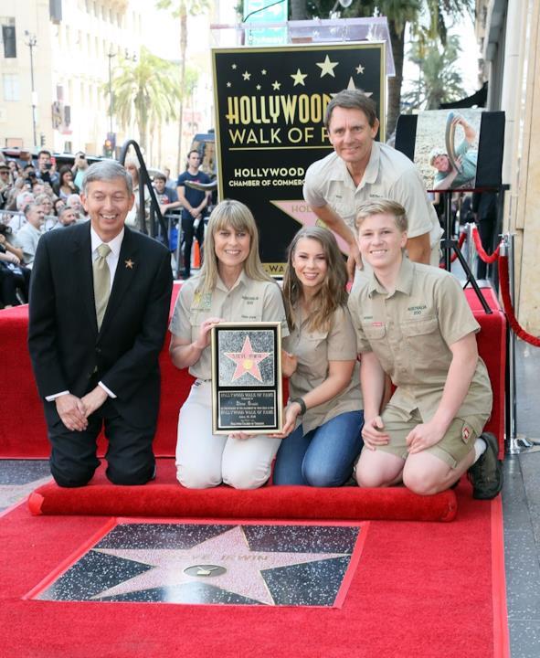 La moglie e i figli di Steve Irwin sulla Walk of Fame