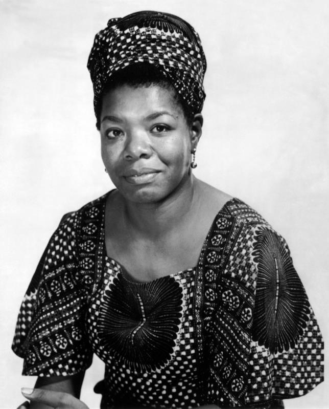 Primo piano della poetessa e scrittrice Maya Angelou
