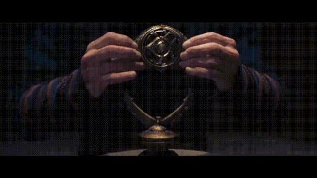 L'Occhio di Agamotto in possesso di Doctor Strange
