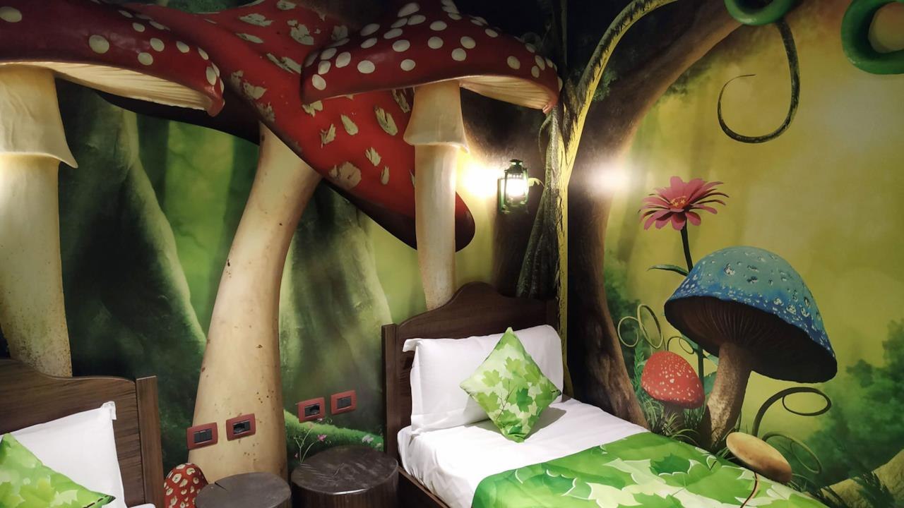 La stanza dei bambini nella foresta magica
