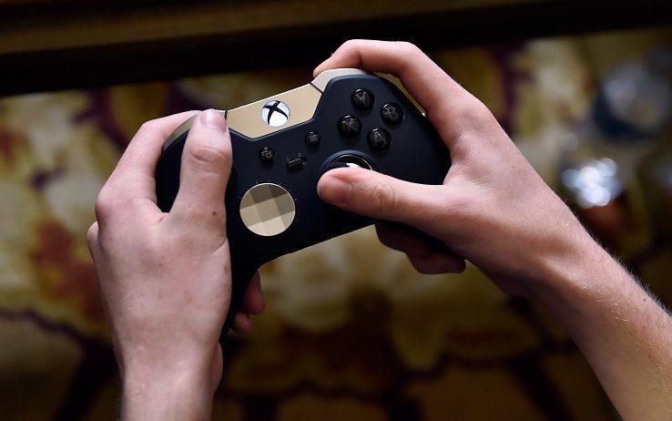 Il Gold Controller di Xbox One creato da Microsoft