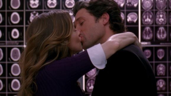 Derek e Meredith in ascensore