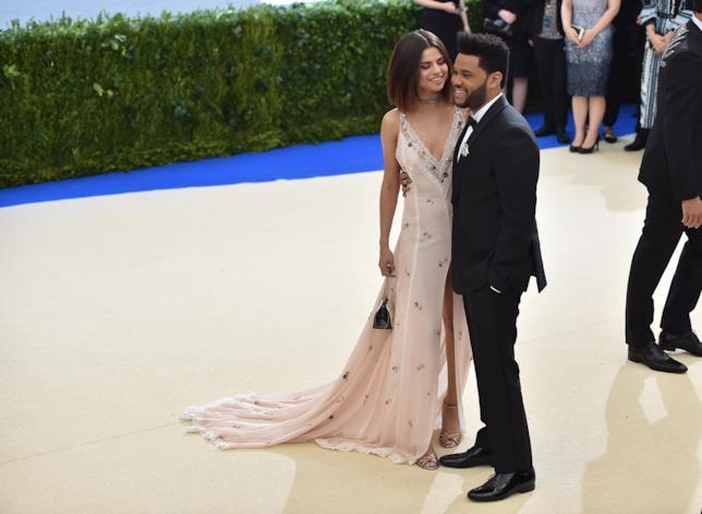Selena Gomez e The Weeknd al MET Gala 2017