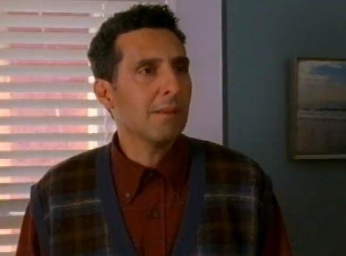 Il fratello del Detective Monk, Ambrose