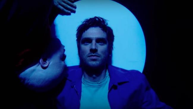 Il mutante David Haller in uno degli spot della seconda stagione di Legion