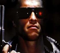 Primo piano di Arnold Schwarzenegger nei panni di Terminator