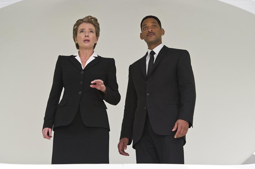 Emma Thompson e Will Smith in Men In Black 3 (2012)