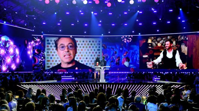 Robert Downey Jr. si presenta in collegamento video agli MTV Movie & TV Awards 2019