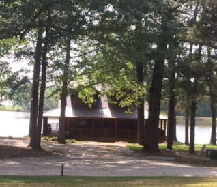 La casa sul lago utilizzata in Endgame è in affitto su Aribnb