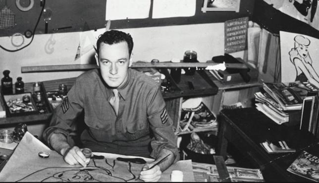 Stan Lee giovane mentre disegnava fumetti