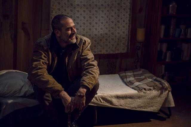 Negan libero in The Walking Dead 9x16