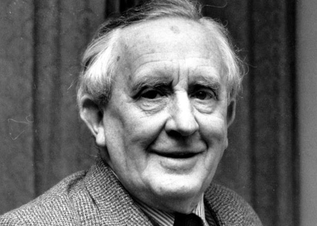 J. R. R. Tolkien in primo piano