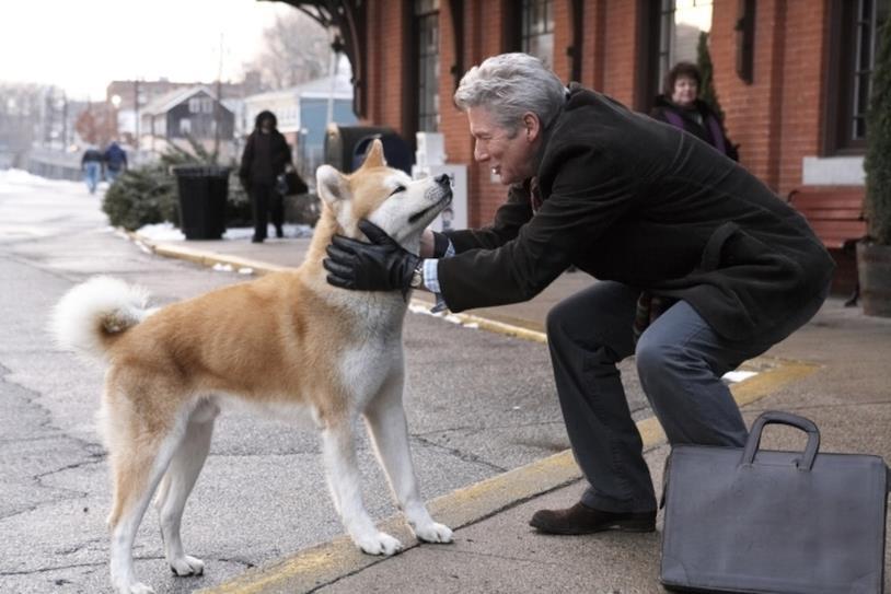 Risultato immagini per cane che accoglie il padrone
