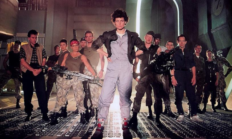 Ripley e Bishop in Aliens - Scontro finale