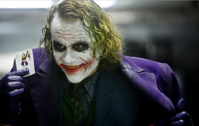 Joker (Heath Ledger) ne Il cavaliere oscuro