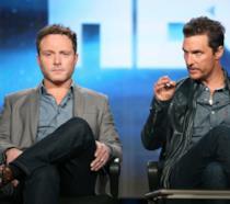 Nic Pizzolatto e Matthew McConaughey ai tempi di True Detective