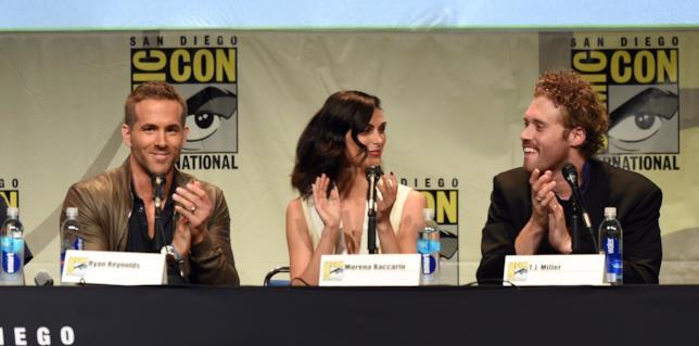 Ryan Reynolds, Morena Baccarin e T.J. Miller