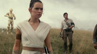 I protagonisti del film Star Wars: The Rise of Skywalker in una immagine dal film