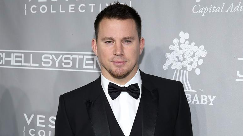 Channing Tatum in smoking a un evento ufficiale