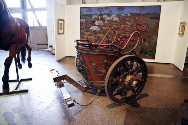 The Art of Divorce: un carro romano funzionante tra gli oggetti in vendita all'asta