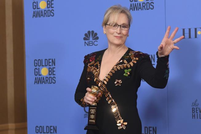 Primo piano di Meryl Streep ai Golden Globes 2017