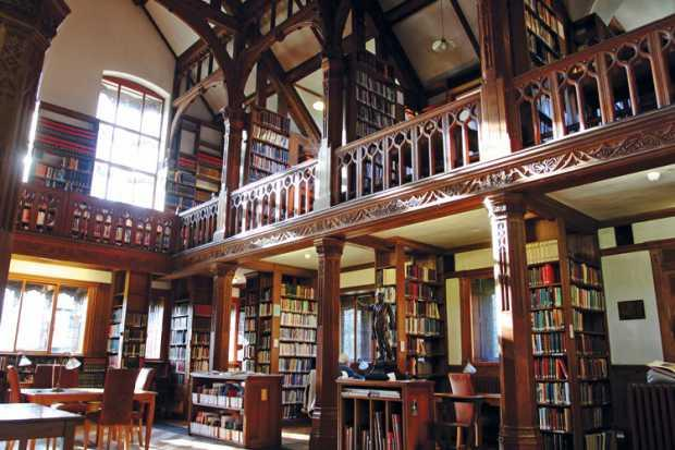 La sala principale della Gladstone's Library