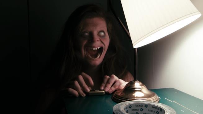 Lights out scena film