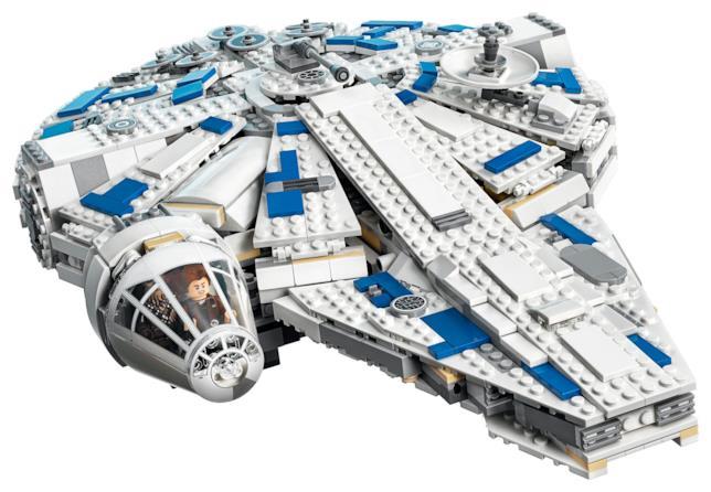 Primo piano del set Millennium Falcon: A Star Wars Story di LEGO