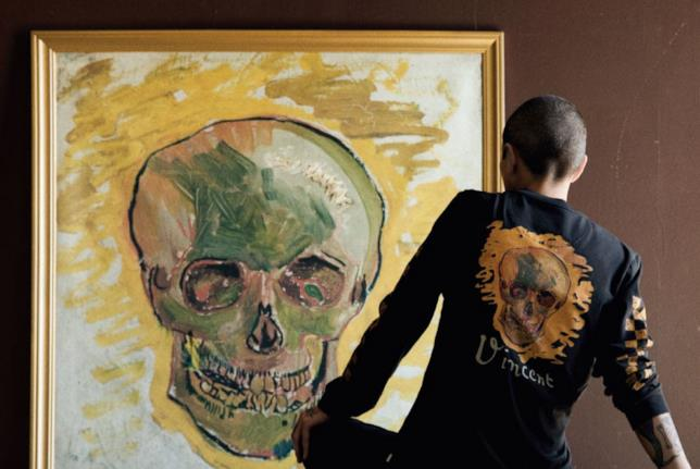 Vans x Van Gogh Museum: maglione dove è riportato il dipinto Il teschio di Vincent Van Gogh