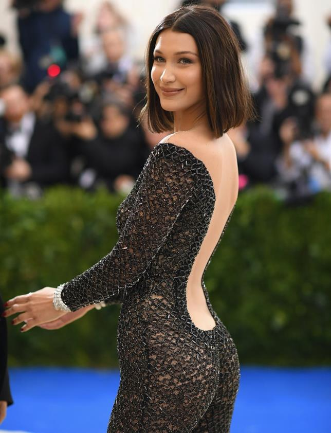 Bella Hadid e il look hot al MET Gala 2017