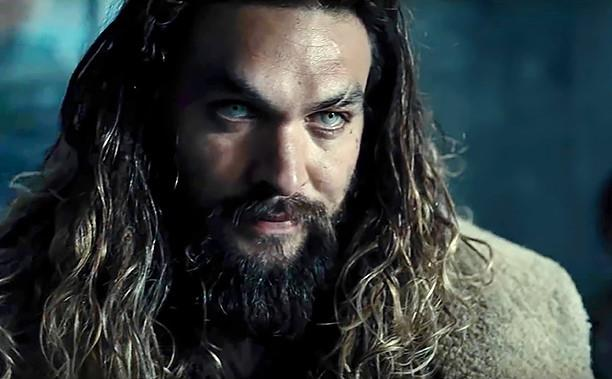 Aquaman: Jason Momoa è l'eroe col tridente