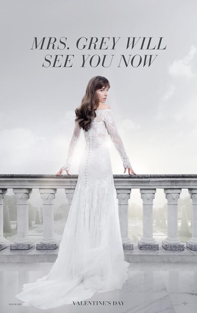 Dakota Johnson nel poster ufficiale di Cinquanta Sfumature di Rosso