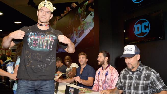 Henry Cavill al Comic-Con con il cast di Suicide Squad