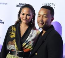 Chrissy Teigen con il marito John Legend