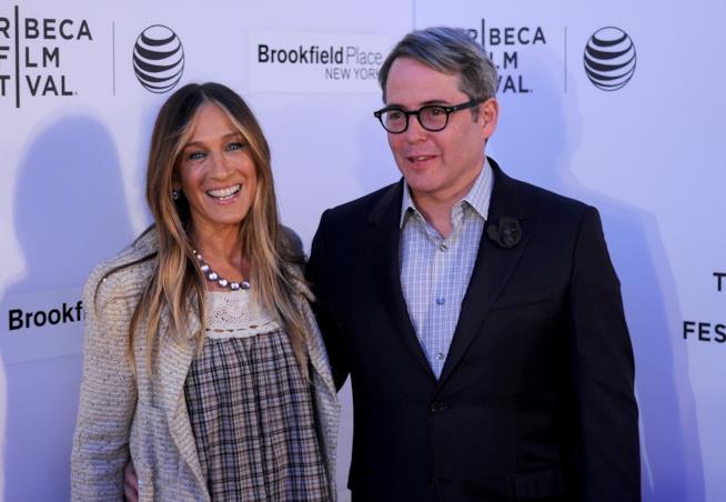 Primo piano di Sarah Jessica Parker con il marito Matthew Broderick