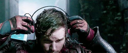 Chris Pratt utilizza il walkman nell'incipit di Guardiani della Galassia