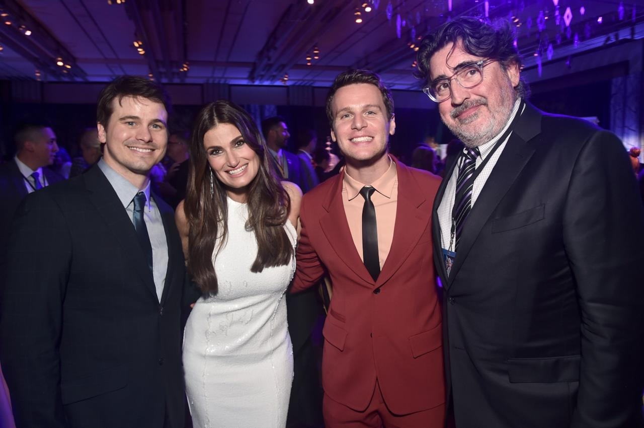 Jason Ritter, Idina Menzel, Jonathan Groff e Alfred Molina alla prima di Frozen 2