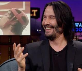 Primo piano di Keanu Reeves ospite a Late Show with James Corden