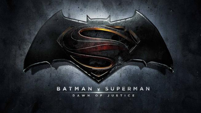 Per la prima volta Superman e Batman si incontreranno e scontreranno al cinema.