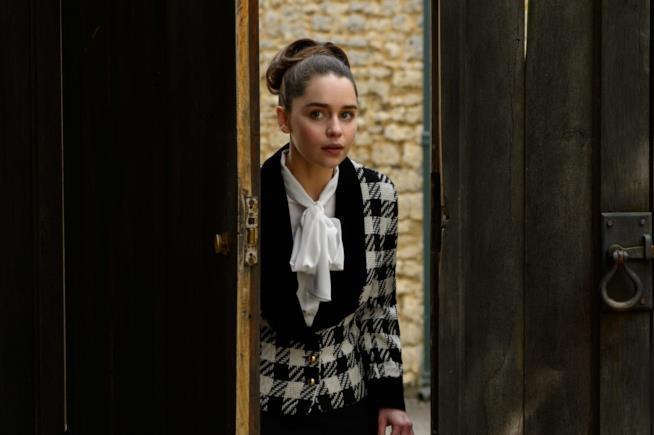 Io Prima di Te, Emilia Clarke in una scena del film