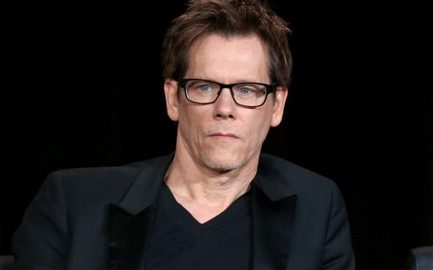 Kevin Bacon in posa