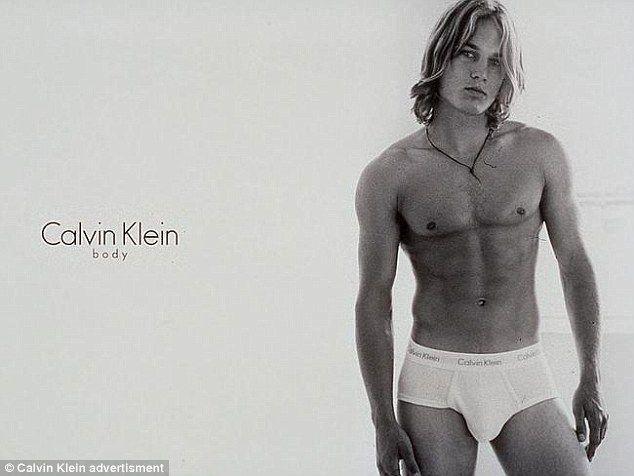 Travis Fimmel per Calvin Klein