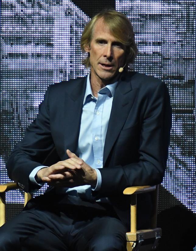 Michael Bay durante un'intervista